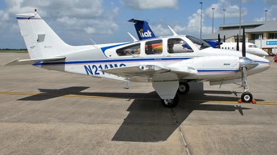 A picture of N214MG - Pilatus PC12/47E - [1339] - © Ricardo Coppola