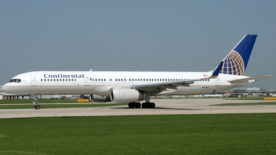 N12114 - Boeing 757-224 - Continental Airlines