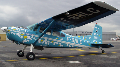 F-BNLC - Cessna 185B Skywagon - Association Parachutiste 70