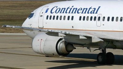 N16618 - Boeing 737-524 - Continental Airlines