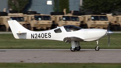 A picture of N240ES - Amateur Lancair Legacy 2000 - [L2K237] - © Bruce Leibowitz