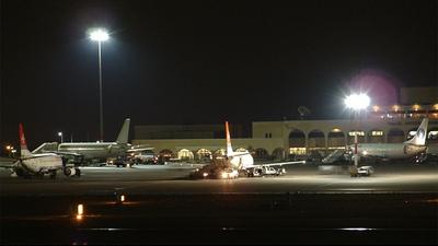 9H-ADZ - Airbus A320-211 - Air Malta
