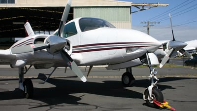 VH-HMO - Cessna 310Q - Private