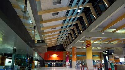 EINN - Airport - Terminal