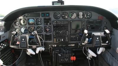 G-JUIN - Cessna T303 Crusader - Private