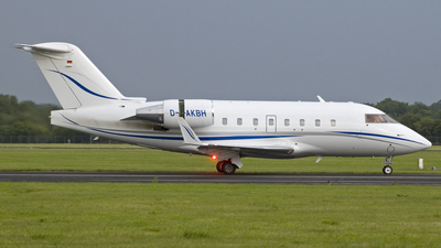 D-AKBH - Bombardier CL-600-2B16 Challenger 604 - Private