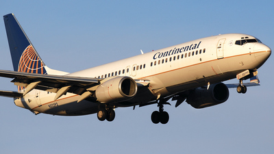 N33292 - Boeing 737-824 - Continental Airlines