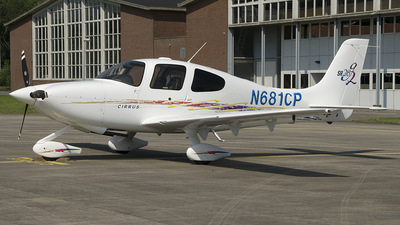 A picture of N681CP - Cessna 172S Skyhawk SP - Civil Air Patrol - © Peter Bakema