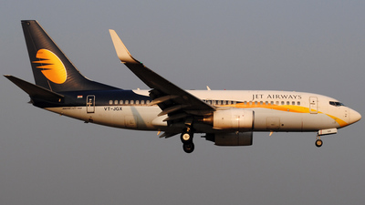 VT-JGX - Boeing 737-75R - Jet Airways