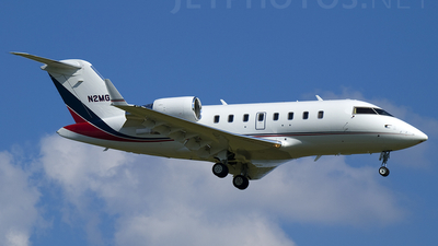 N2MG - Bombardier CL-600-2B16 Challenger 605 - Private
