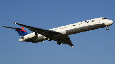 N977DL - McDonnell Douglas MD-88 - Delta Air Lines