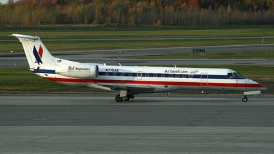N715AE - Embraer ERJ-135LR - American Eagle