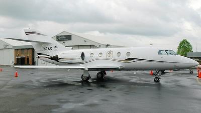 N7KC - Dassault Falcon 200 - Private