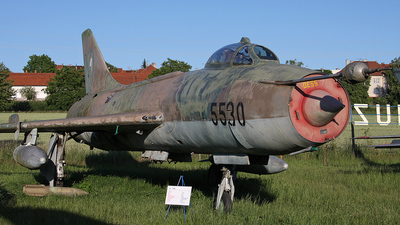 5530 - Sukhoi Su-7BM Fitter A - Czechoslovakia - Air Force