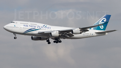 ZK-NBS - Boeing 747-419 - Air New Zealand