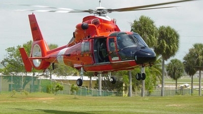 6565 - Aerospatiale AS 365 (HH-65A) - United States - US Coast Guard (USCG)
