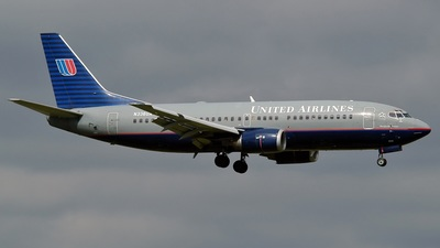 N336UA - Boeing 737-322 - United Airlines