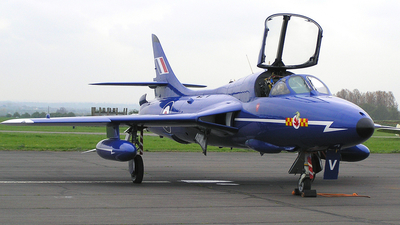 G-BXKF - Hawker Hunter T.7 - Delta Jets
