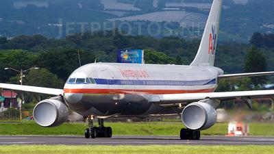N70074 - Airbus A300B4-605R - American Airlines