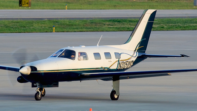 A picture of N315WF - Piper PA46310P Malibu - [4608050] - © Andrew Muller