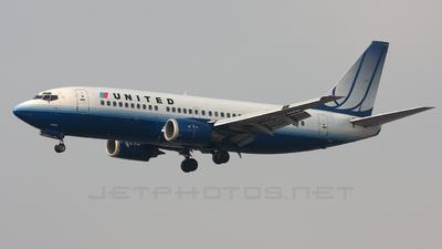 N338UA - Boeing 737-322 - United Airlines