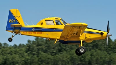 A picture of VHLIR - Air Tractor AT802 - [8020049] - © Andre Cassio - Lisbon Spotters