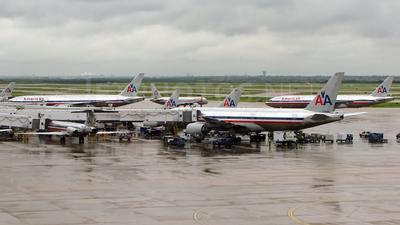 KDFW - Airport - Ramp