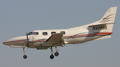 A picture of N4209S -  - [] - © Ralph Duenas - Jetwash Images