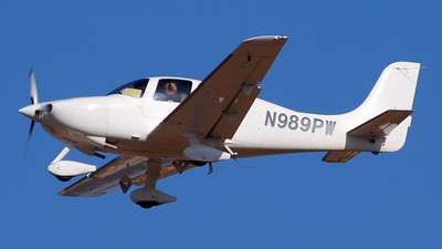A picture of N989PW -  - [] - © Alejandro Hern�ndez Le�n
