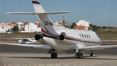 CS-DNK - Raytheon Hawker 800XP - NetJets Europe