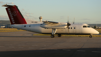 A picture of VHQQC - De Havilland Canada Dash 8100 - [008] - © Brenden