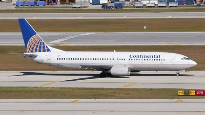 N11206 - Boeing 737-824 - Continental Airlines