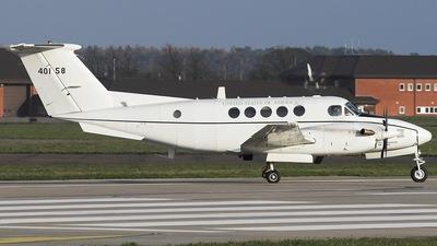 84-00158 - Beechcraft C-12U-3 Huron - United States - US Army