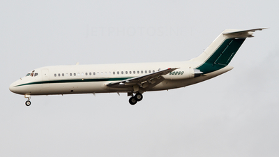 N8860 - McDonnell Douglas DC-9-15 - Private