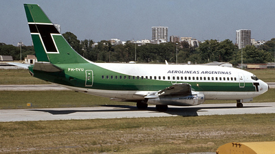 PH-TVU - Boeing 737-2K2(Adv) - Aerolíneas Argentinas