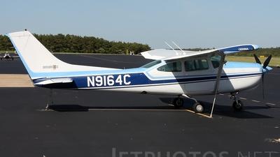 A picture of N9164C - Cessna R182 Skylane RG - [R18200433] - © Joe Osciak