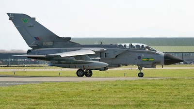 ZD747 - Panavia Tornado GR.4 - United Kingdom - Royal Air Force (RAF)
