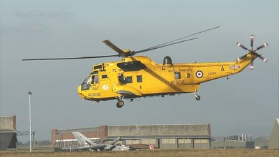 XZ585 - Westland Sea King HAR.3 - United Kingdom - Royal Air Force (RAF)