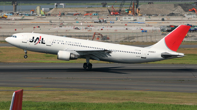 JA8657 - Airbus A300B4-622R - Japan Airlines (JAL)