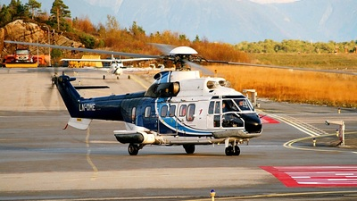 A picture of LNOME - Aerospatiale AS332L Super Puma - CHC Helikopter Service - © Jomar Maridal