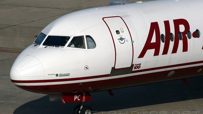 D-AGPC - Fokker 100 - Air Berlin (Germania)