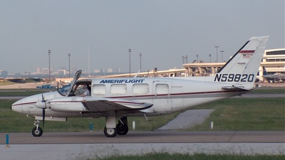 A picture of N59820 - Piper PA31350 - Ameriflight - © Greg Gayden - DFWtower.com