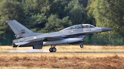 15137 - General Dynamics F-16BM Fighting Falcon - Portugal - Air Force