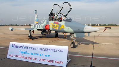 Kh18k-1/09 - Northrop F-5B Freedom Fighter - Thailand - Royal Thai Air Force