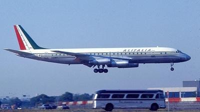 I-DIWY - Douglas DC-8-62 - Alitalia