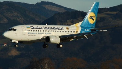 UR-GAK - Boeing 737-5Y0 - Ukraine International Airlines