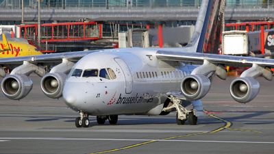 OO-DJT - British Aerospace Avro RJ85 - Brussels Airlines