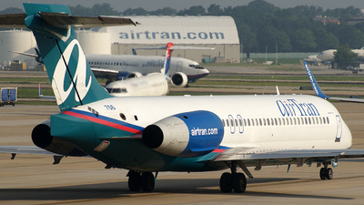 N945AT - Boeing 717-2BD - airTran Airways