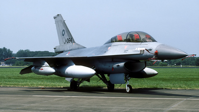 J-064 - General Dynamics F-16B Fighting Falcon - Netherlands - Royal Air Force