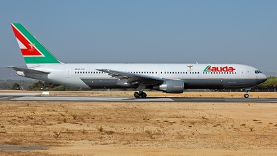 OE-LAT - Boeing 767-31A(ER) - Lauda Air Italy